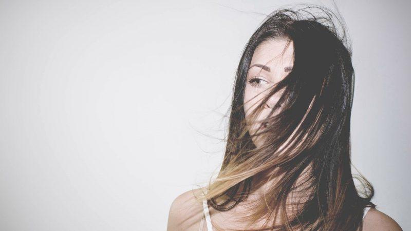 Увлажнение и питание волос: что нужно знать