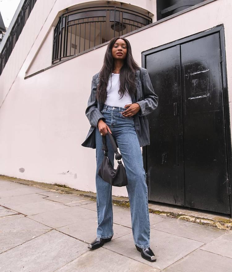 Модные джинсы 2022: как носить