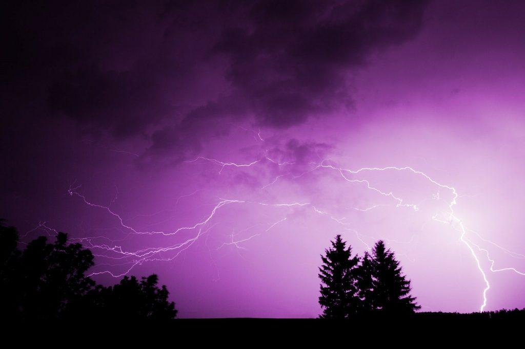 Боязнь грозы: как преодолеть страх